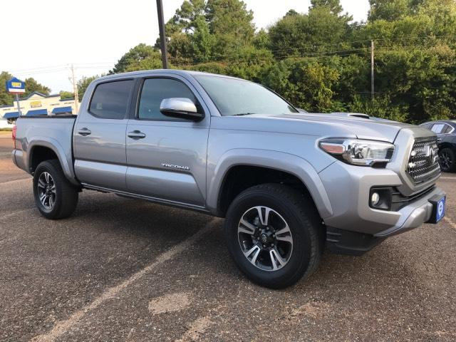 Pre-Owned 2016 Toyota Tacoma 2WD Double Cab V6 AT TRD Sport