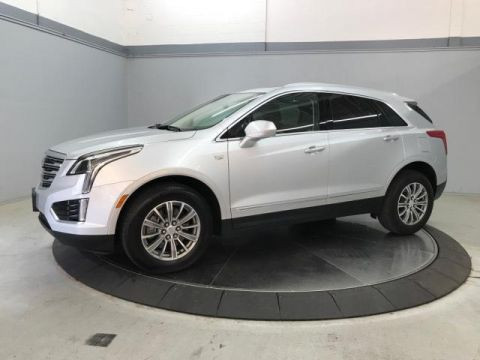 Pre-Owned 2017 Cadillac XT5 FWD 4dr Luxury